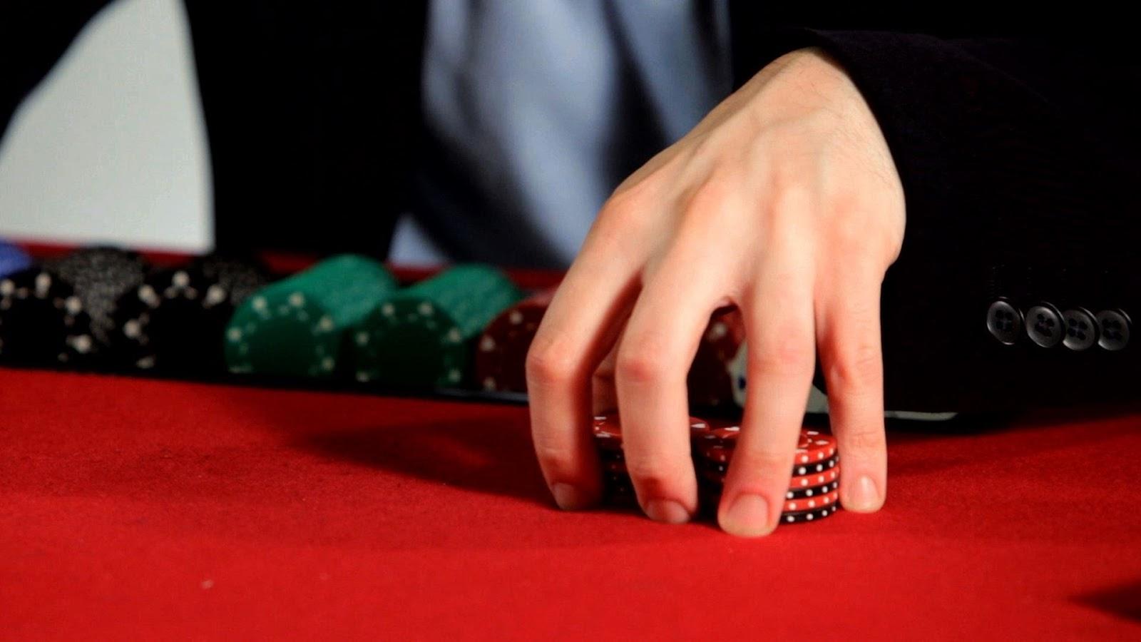 Agen Jasa Poker Online dengan Bonus Member Baru Terbesar