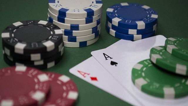 Aturan lengkap partisipasi turnamen poker di situs poker online Indonesia